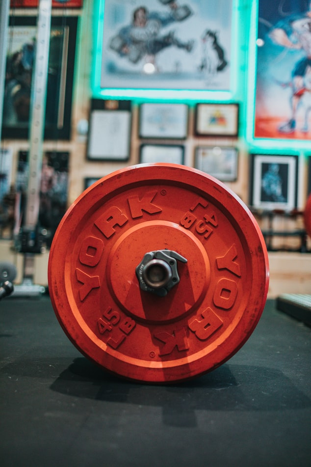 Free-weights-on-the-groundg