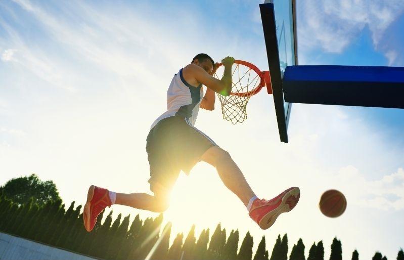 Basketball performance dunk